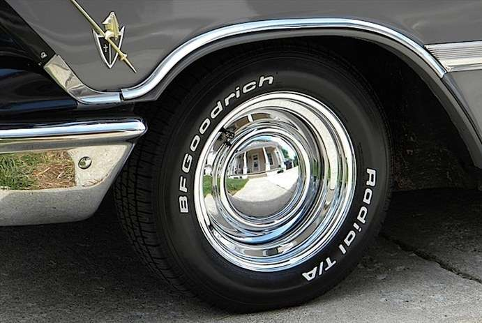 Chrome Baby Moon Hubcaps Vtg Chrome Trailer Baby Moon